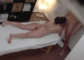 Amateurs - Czech Massage 367 (2017) 1080p