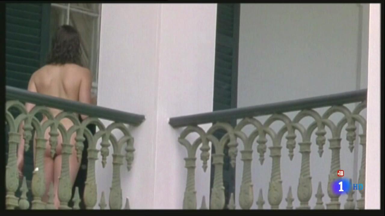 Teri Hatcher (1996) Prisioneros Del Cielo 0394.jpg
