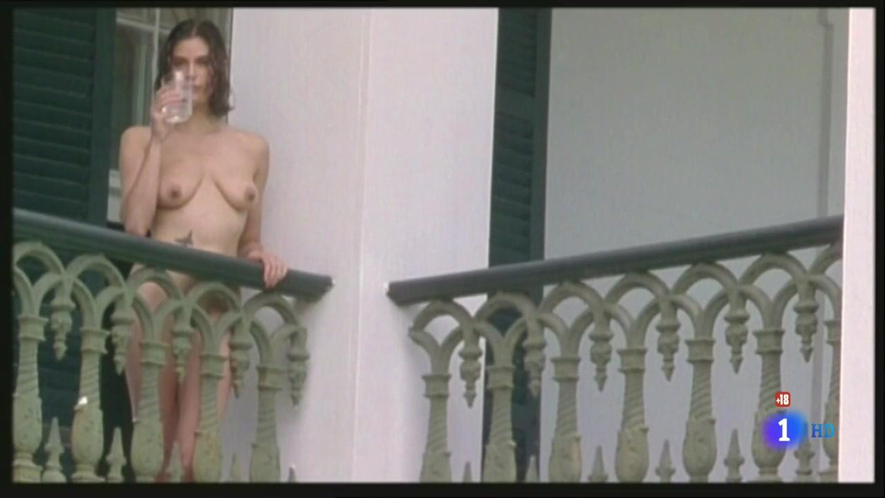 Teri Hatcher (1996) Prisioneros Del Cielo 0361.jpg