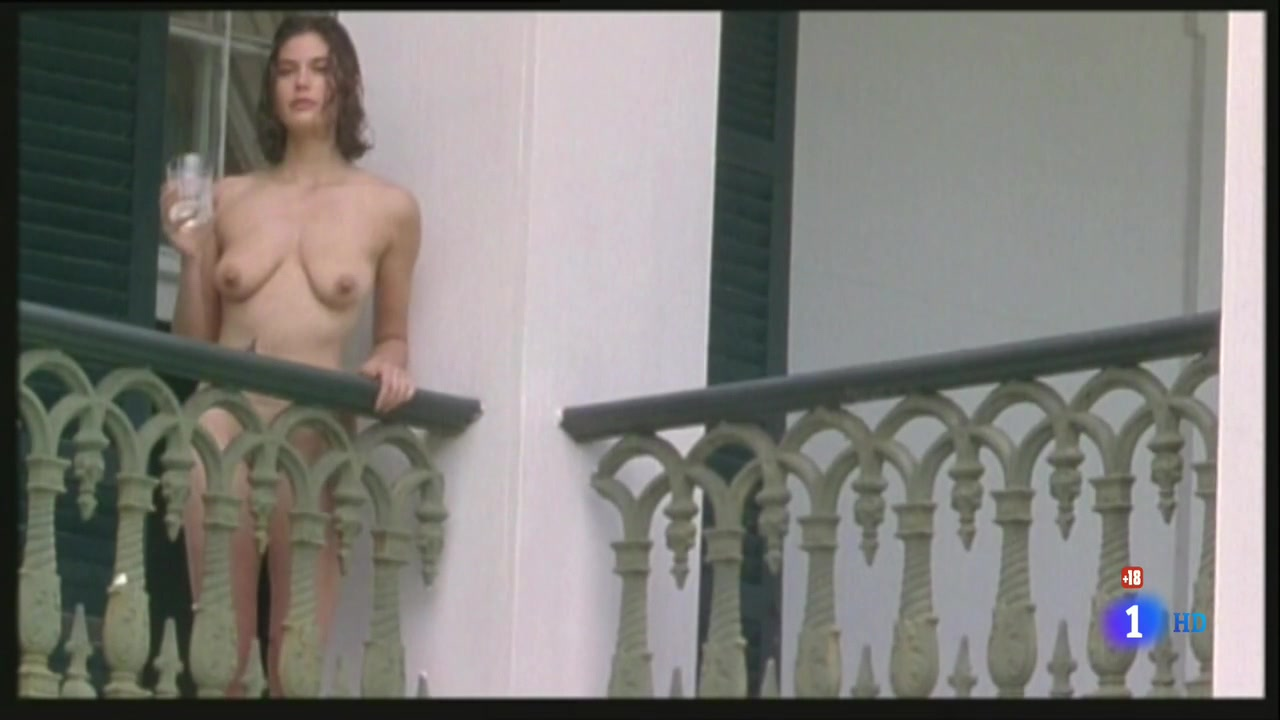 Teri Hatcher (1996) Prisioneros Del Cielo 0373.jpg